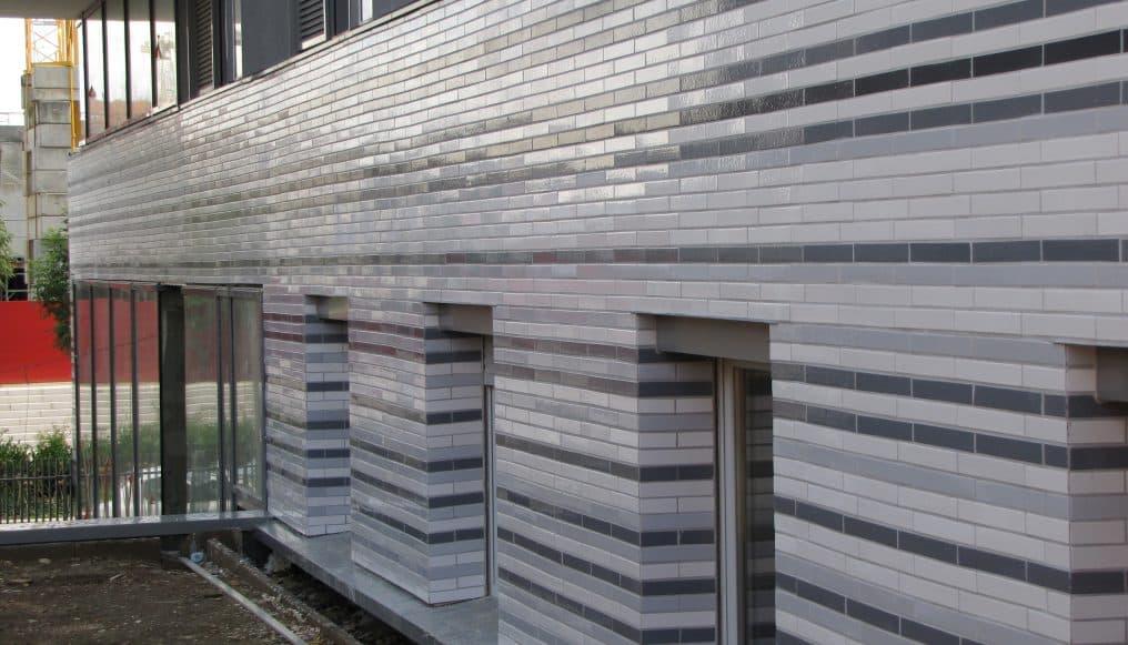 Lyon Confluence - Blanc et gris - Architecte E Colboc