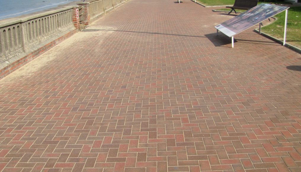 PAVES CABOURG
